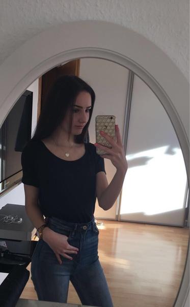 se1inaaa's Profile Photo