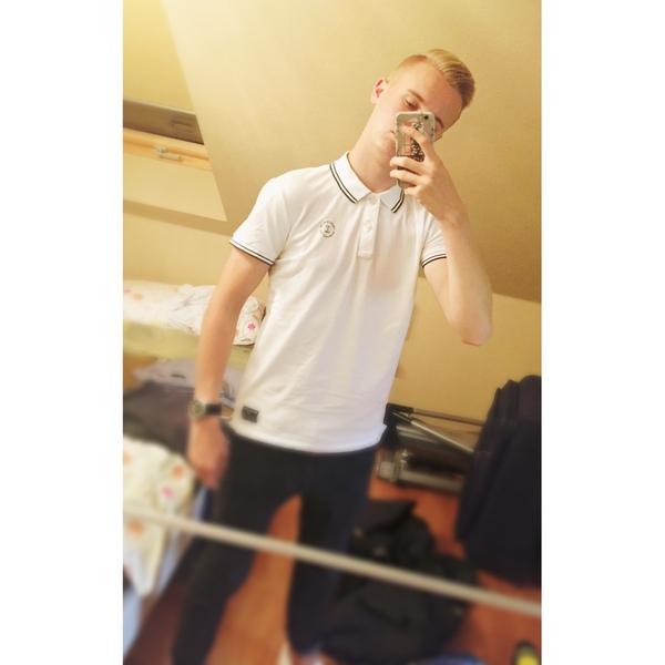 LorenzNein's Profile Photo