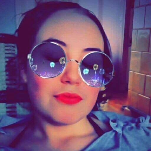 CrazyGirl695825's Profile Photo