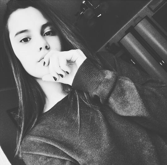 Elya_Kid's Profile Photo