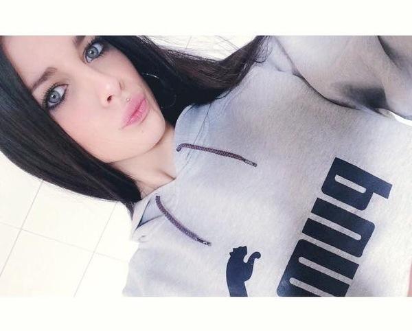 angy99923's Profile Photo