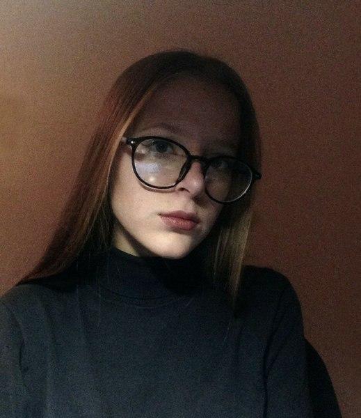 lo_tomli's Profile Photo