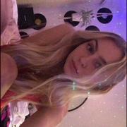 ssszeeretleek's Profile Photo