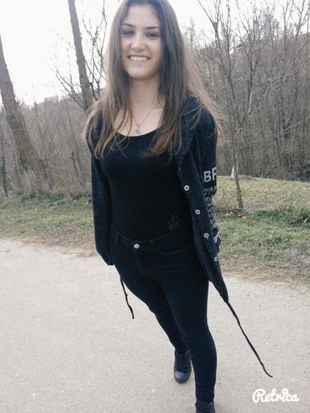 RoxyOniceanu's Profile Photo