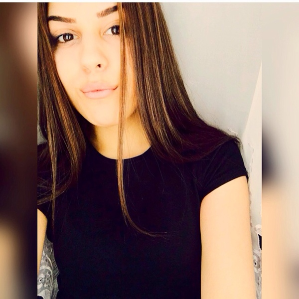 dikaslika's Profile Photo