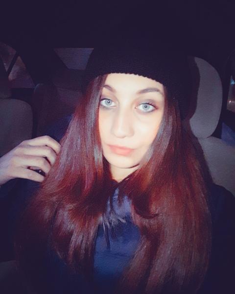 Mahira39's Profile Photo