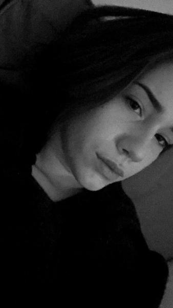 sinaselin's Profile Photo