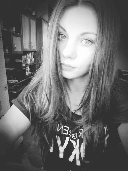 KarolinaKiWi's Profile Photo