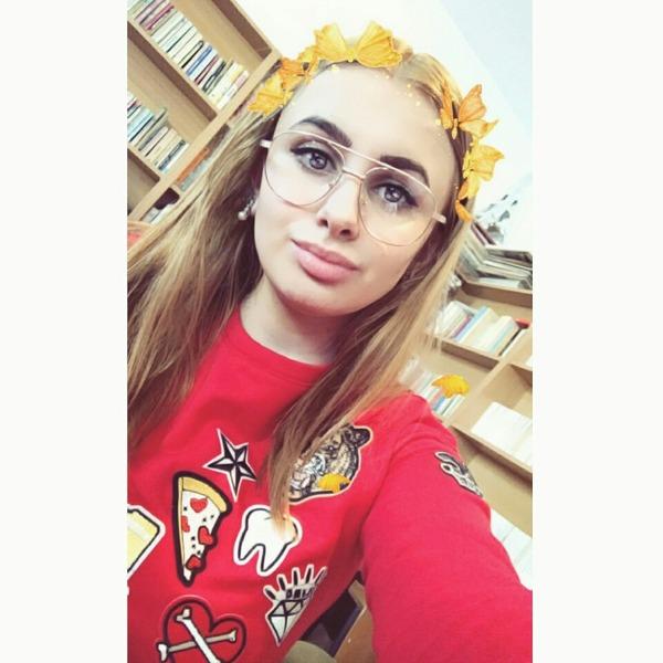 Deeeyaaaa's Profile Photo