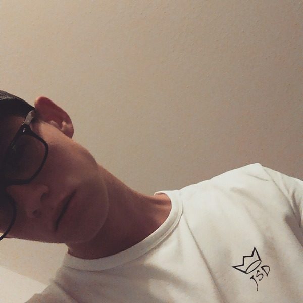 yhxxk's Profile Photo