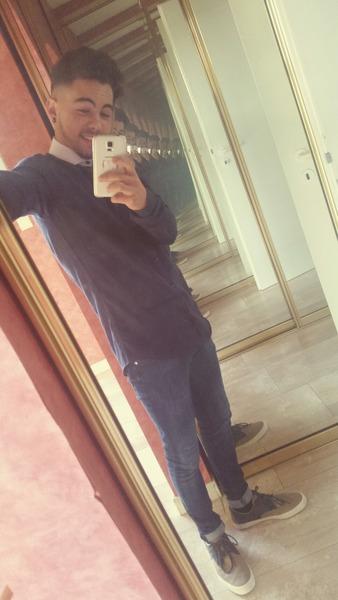 ROMANruiz's Profile Photo