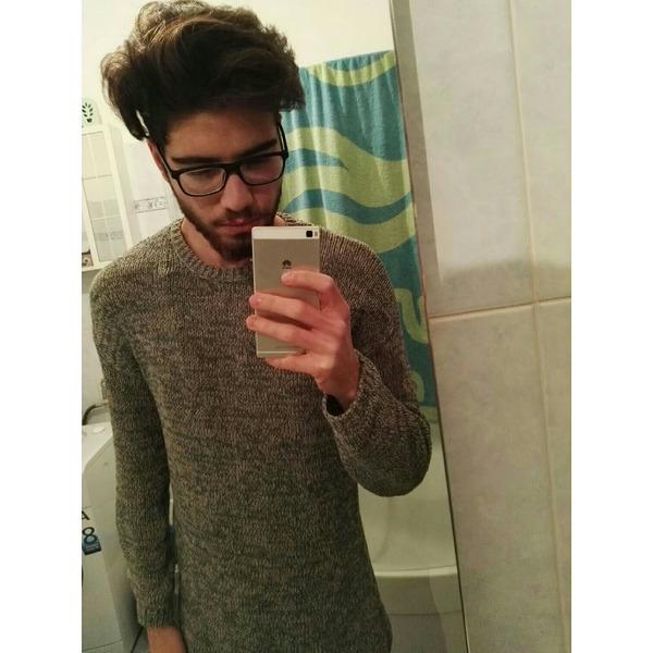 johnnybasaran's Profile Photo