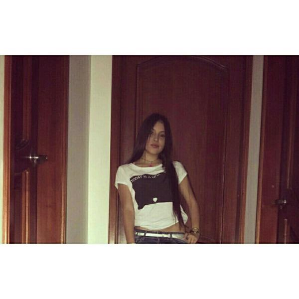 momariana's Profile Photo