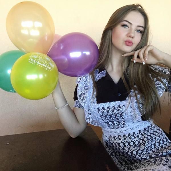 KrisPochukaeva's Profile Photo