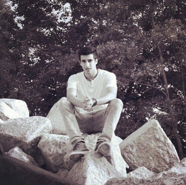 derburgunder's Profile Photo