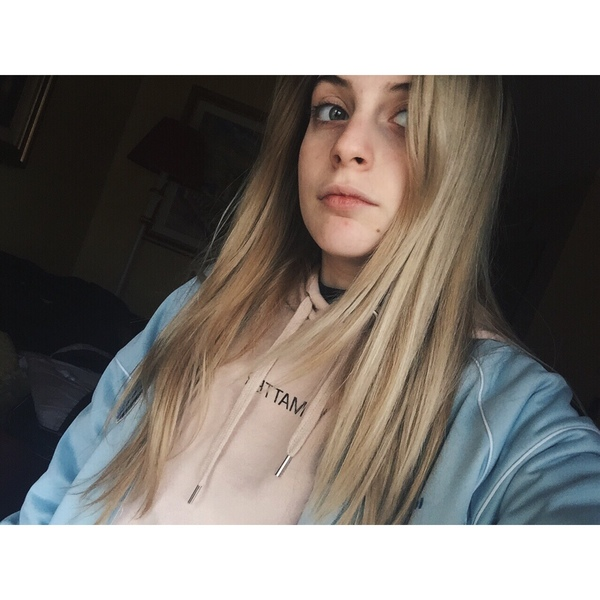 Catteeeh's Profile Photo