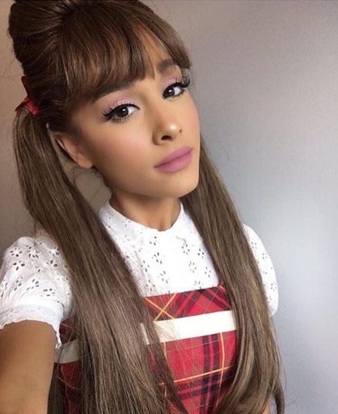 ArianaaGrande14's Profile Photo