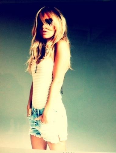 AshMichelleTisdale's Profile Photo