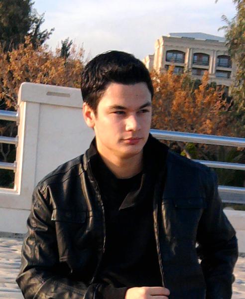 uykusuz00's Profile Photo