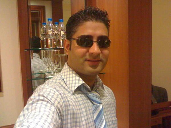 CanadaBoyRiyadh's Profile Photo