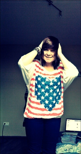 JoolineWayne's Profile Photo