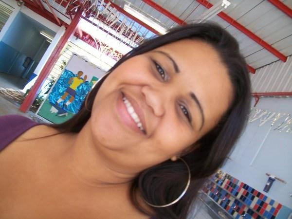 brunaguedes122's Profile Photo