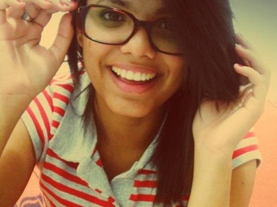 Carolsantos94's Profile Photo