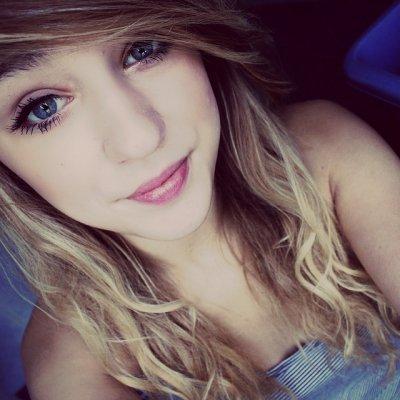 LaurieCoutaudier's Profile Photo
