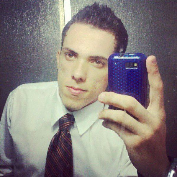 roomarozi's Profile Photo