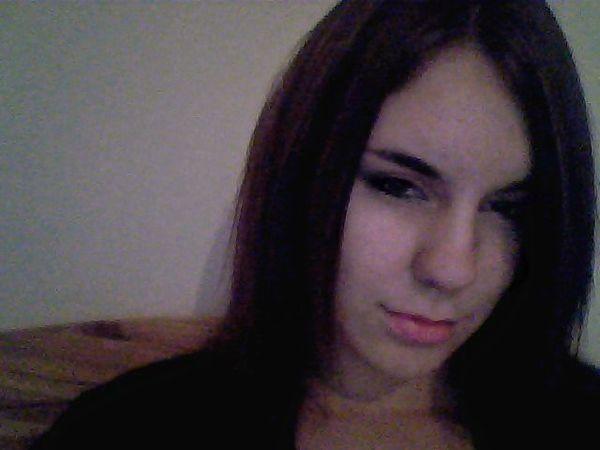 ElluT's Profile Photo