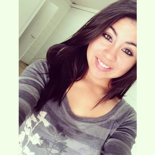 JulieGee's Profile Photo
