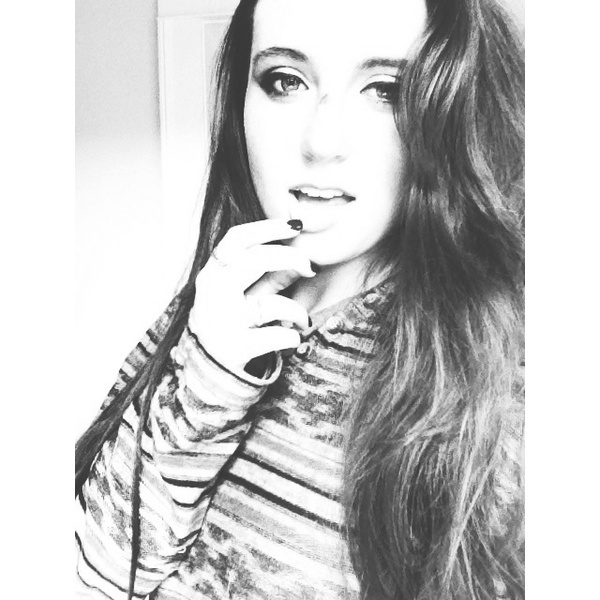 Chloej213's Profile Photo