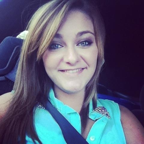 CarolineeBrucee's Profile Photo