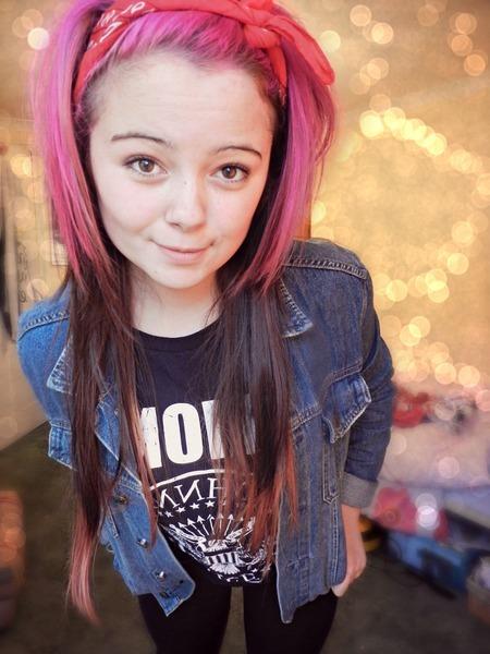 mollyviolethildreth's Profile Photo