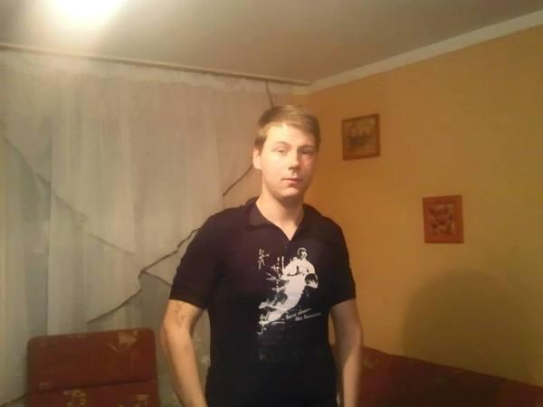 AdrianJasinski's Profile Photo