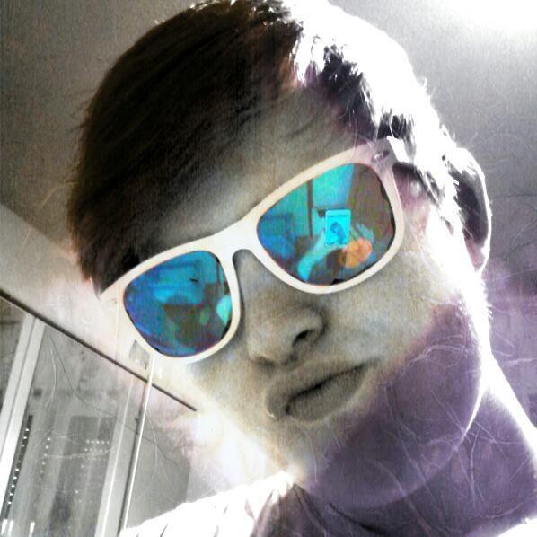 kenny3oo's Profile Photo