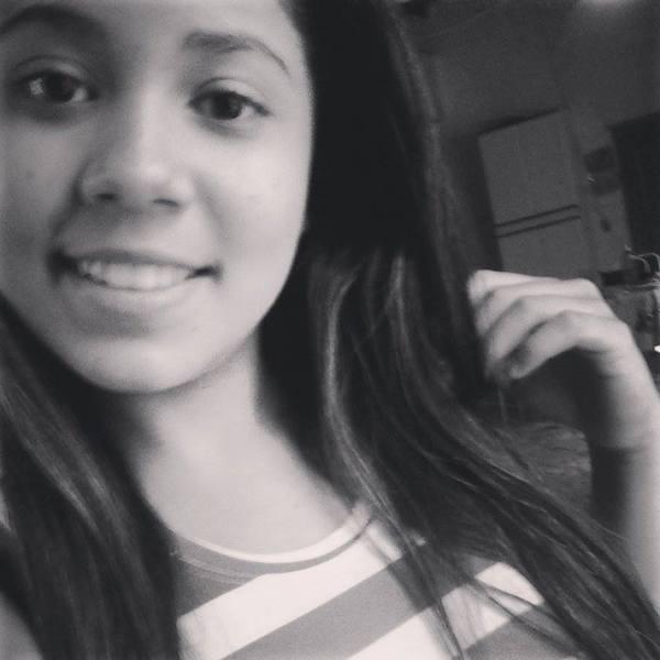IzadoraLoureno's Profile Photo