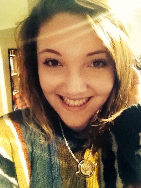 HulaThessa's Profile Photo