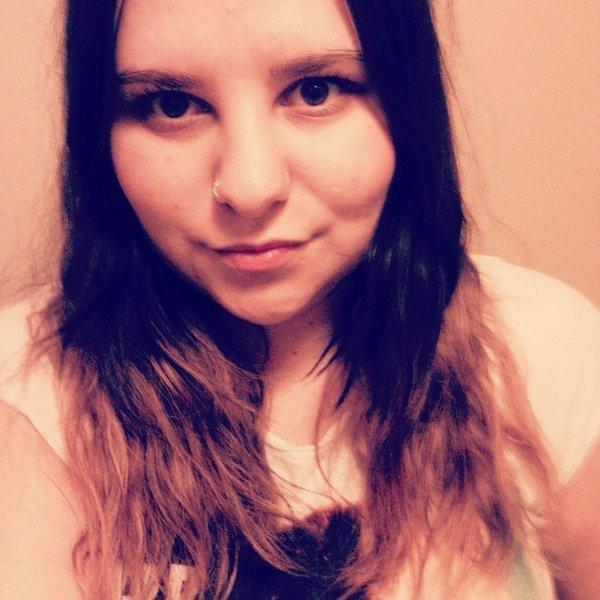 itsana_bee's Profile Photo