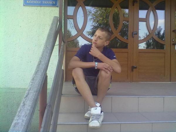 szoptalmar's Profile Photo