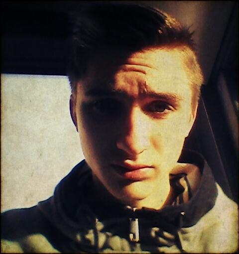 Edjik_Beifuss's Profile Photo