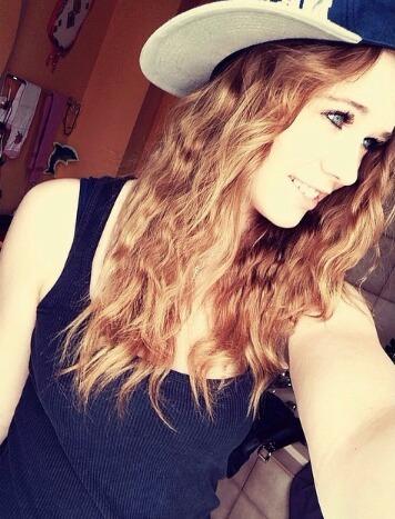 askgirllara's Profile Photo