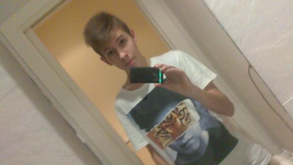 EstebanVera69's Profile Photo