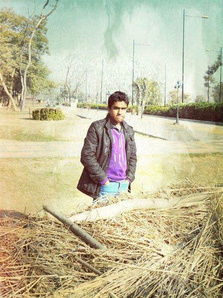 AhmadKayani690's Profile Photo
