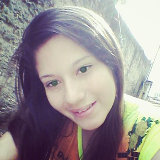 LarissaLucatoFerreira's Profile Photo