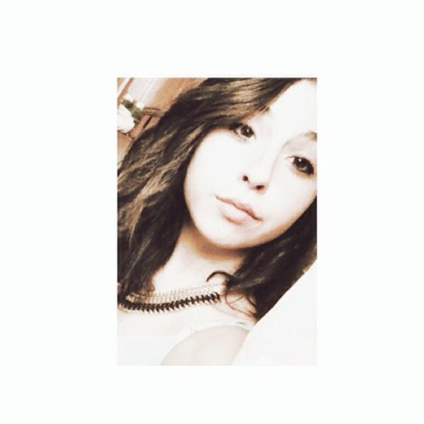 luana10_'s Profile Photo