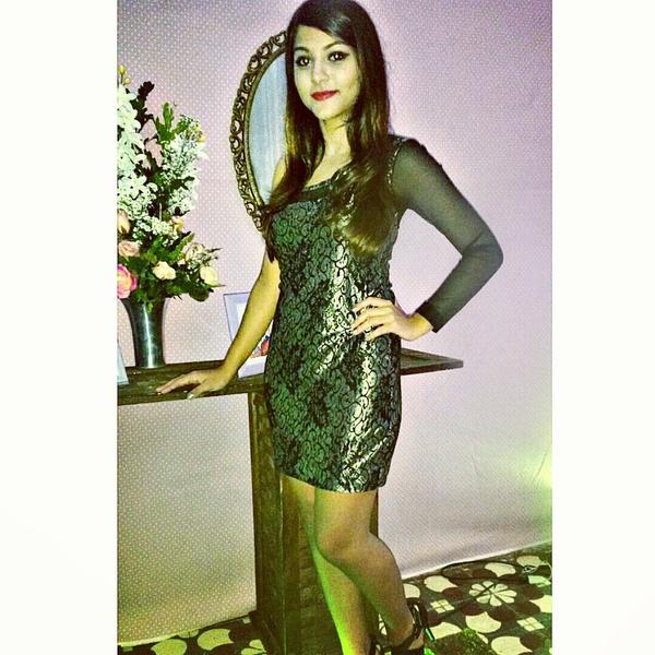 Vivian_Layara's Profile Photo