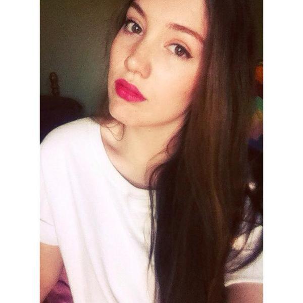 chloeellbee's Profile Photo
