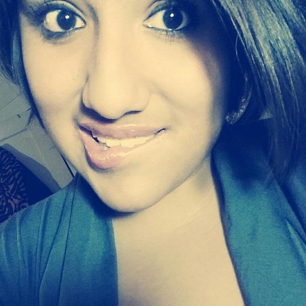 YsenaMendez's Profile Photo