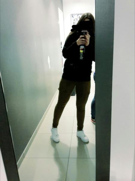 OzgeUzungul's Profile Photo